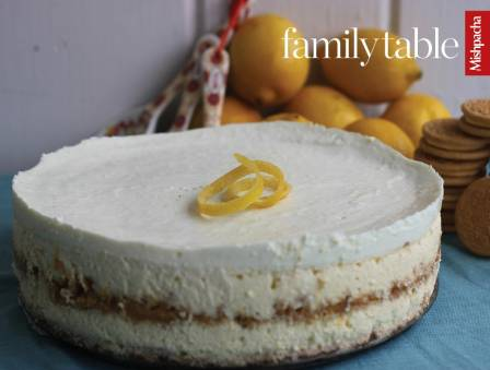Lemon Greek Yogurt Cheesecake